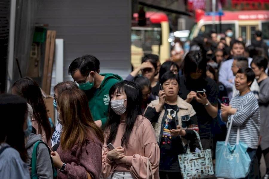 Un Año Nuevo complicado para Hong Kong, que recuerda los estragos del SARS