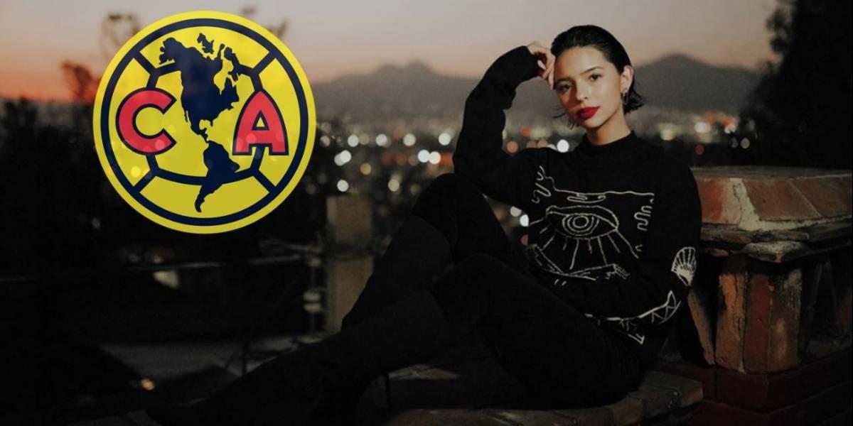 VIDEO: Hija de Pepe Aguilar canta himno del América