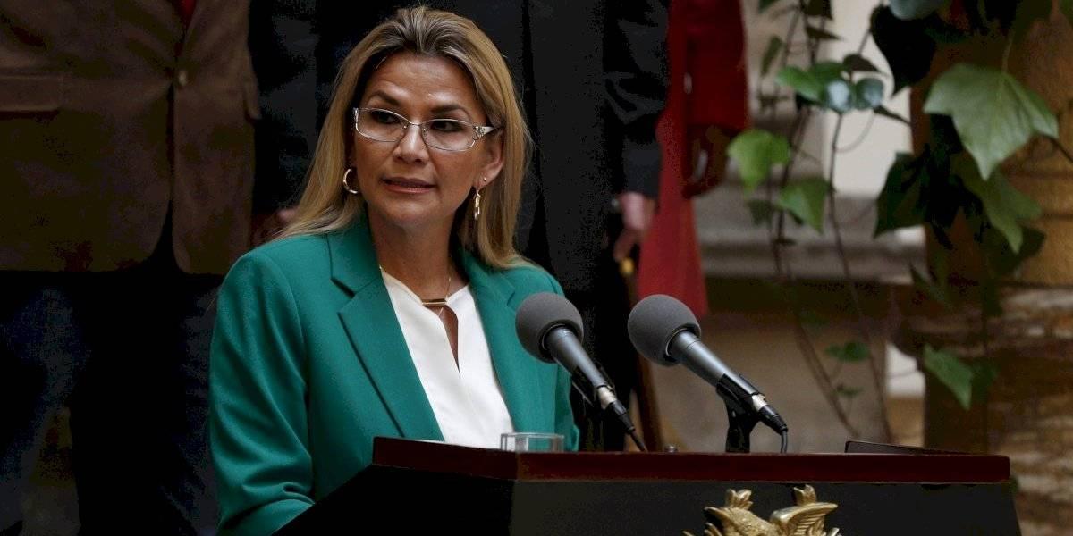 Jeanine Áñez oficializa candidatura y busca permanecer en Presidencia hasta 2025 — Bolivia