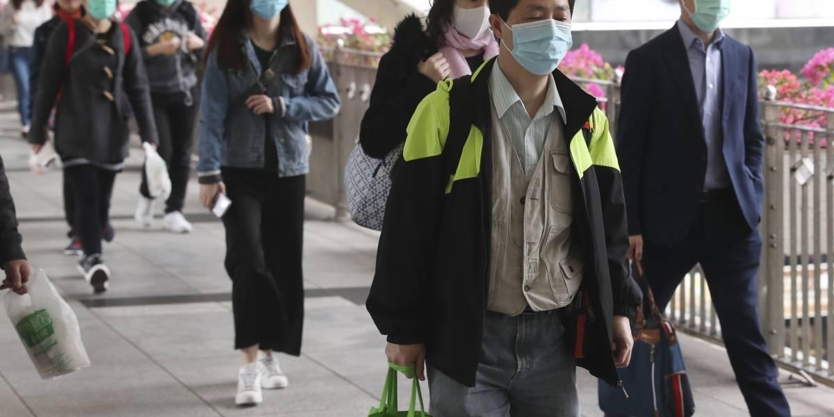 Confirman primer caso de contagio de persona a persona del coronavirus en EE. UU.