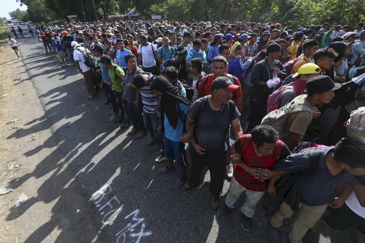 Miles de personas llegaron a la frontera con México
