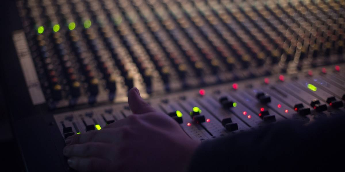 Arcotel dispone la extinción del título habilitante de Radio Pichincha Universal