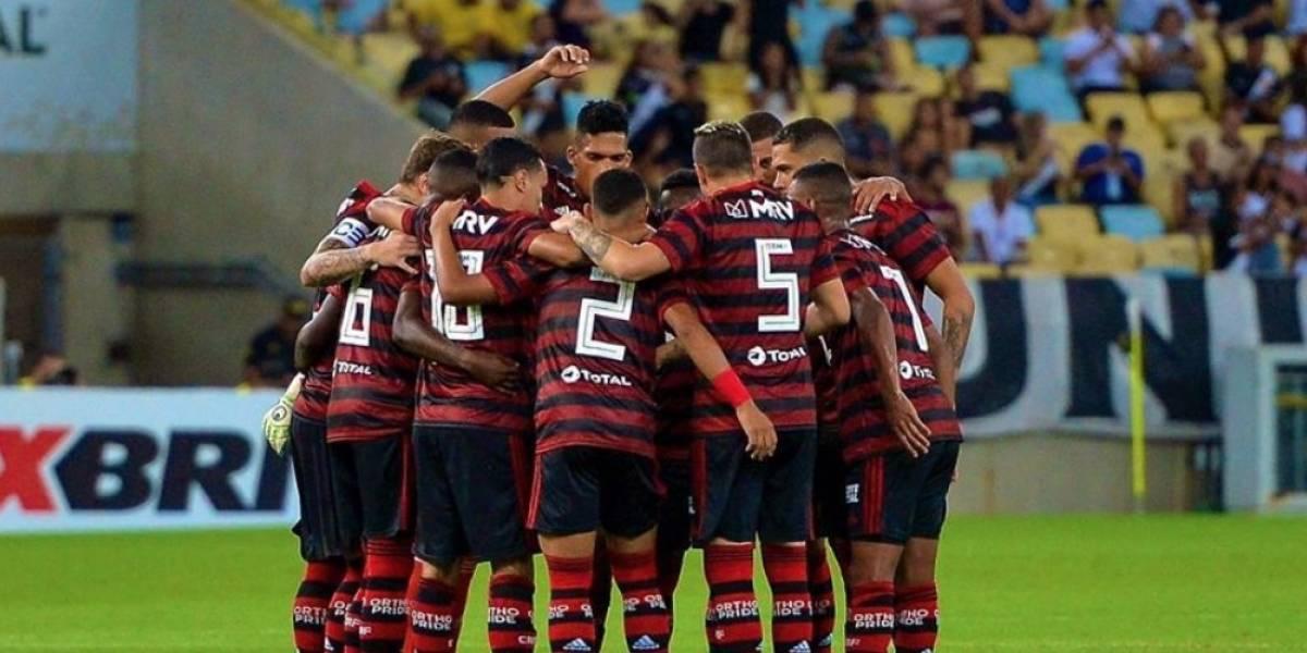 Flamengo reduz salários de jogadores em 25% após acordo