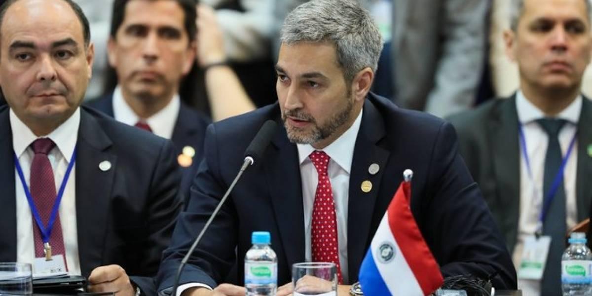 Presidente de Paraguay continúa en reposo por dengue