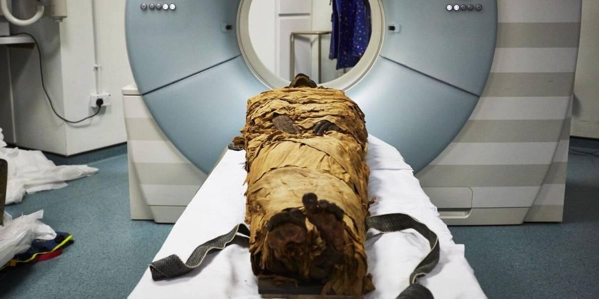 Gracias a una laringe electrónica en 3D científicos hacen hablar a una momia de 3.000 años