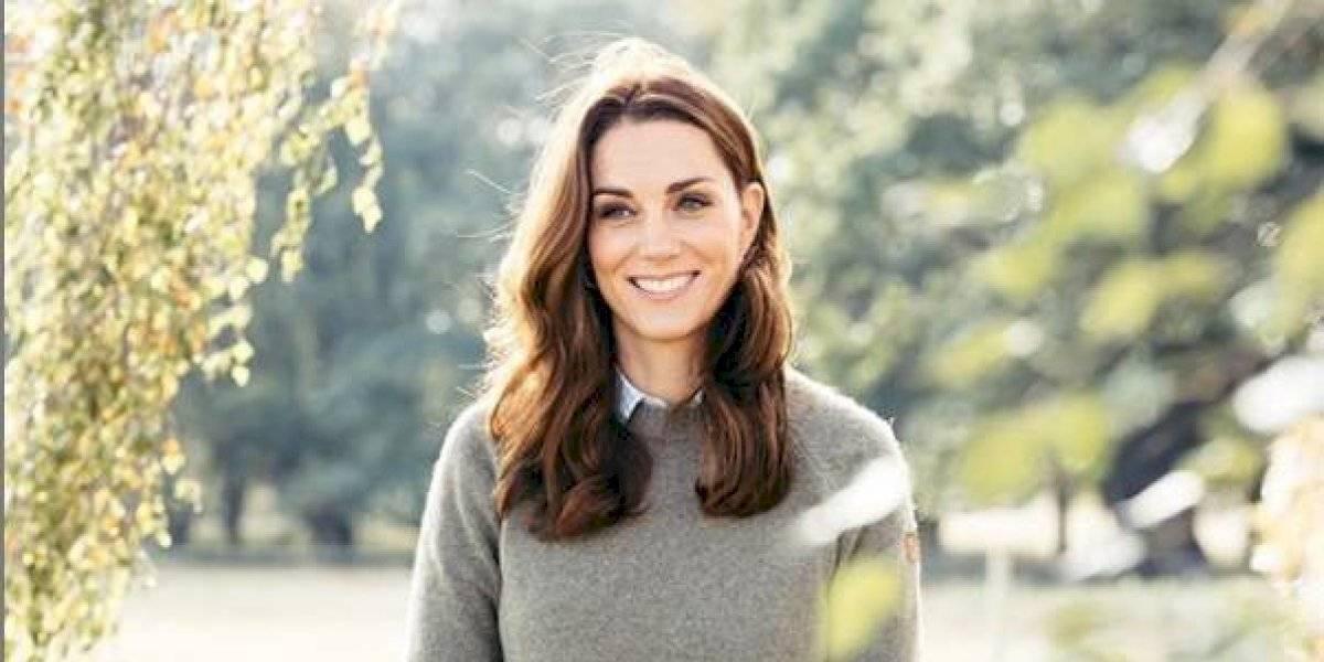 Kate Middleton, mais uma vez, arrasa no look e lança tendência