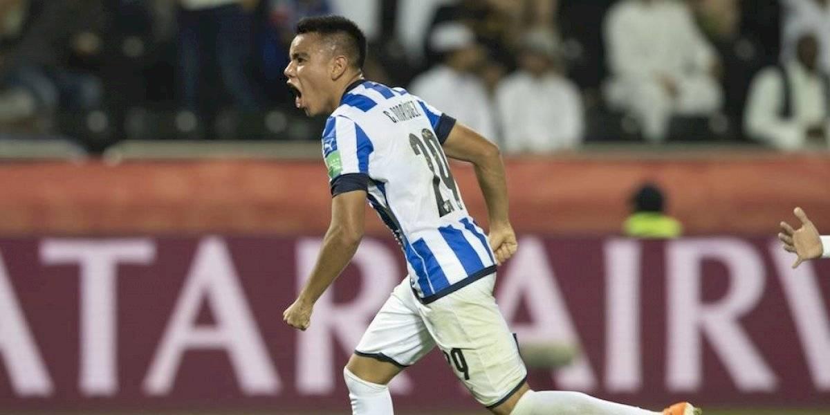 Carlos Rodríguez considera a Chicharito leyenda del futbol mexicano