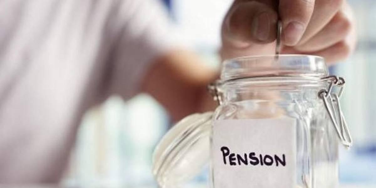 De 'ultraderecha' reducir las pensiones del IMSS: experto