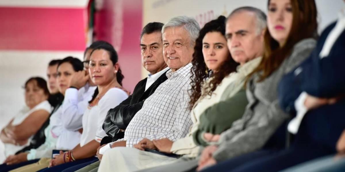Abuchean al Bronco en evento de AMLO en Monterrey