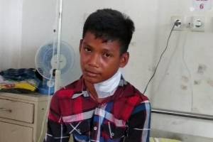 Garoto indonésio é perfurado no pescoço por peixe-agulha