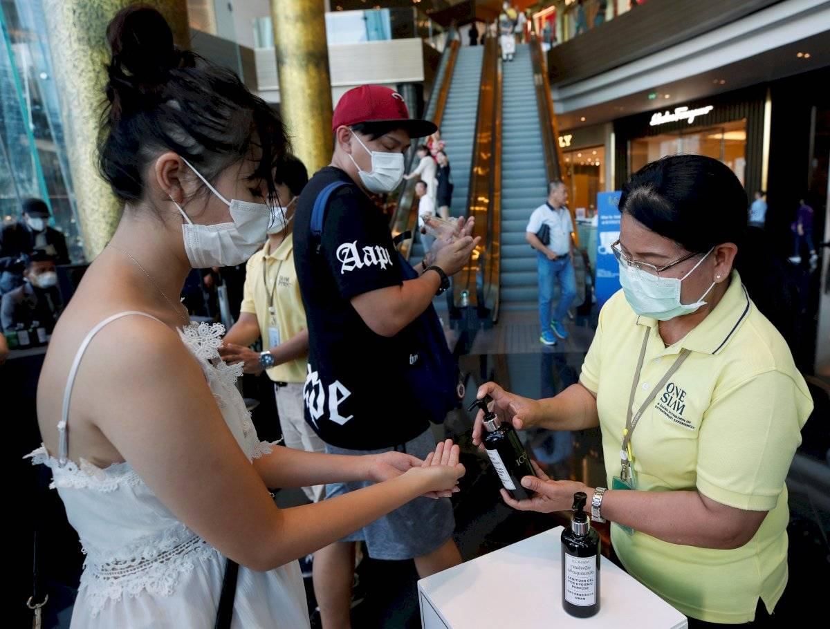 Están probando 30 medicamentos contra coronavirus en China