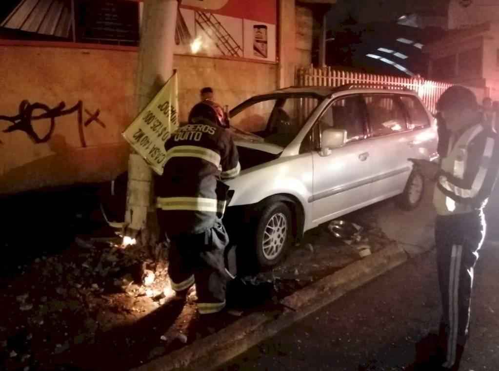 Accidente en la avenida Mariscal Sucre y La Esperanza