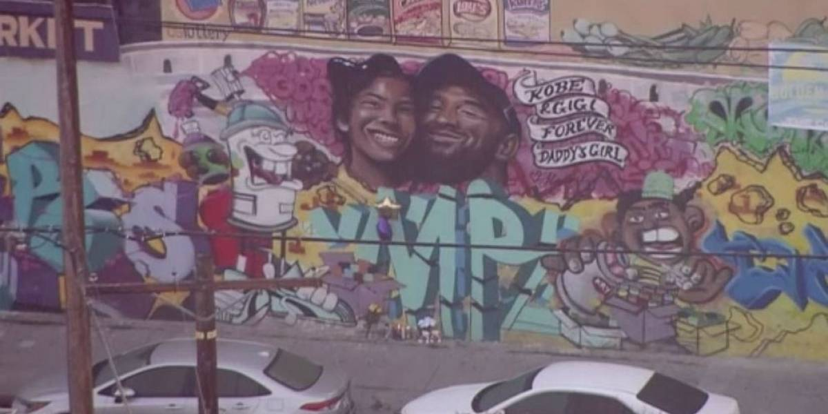 Grafite em homenagem a Kobe Bryant e filha surge em Los Angeles
