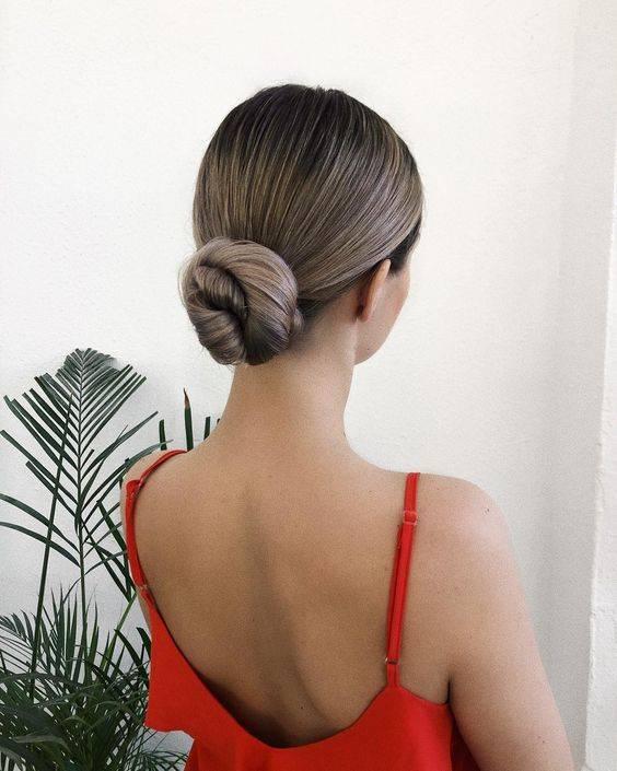 Peinados recogidos para cara redonda