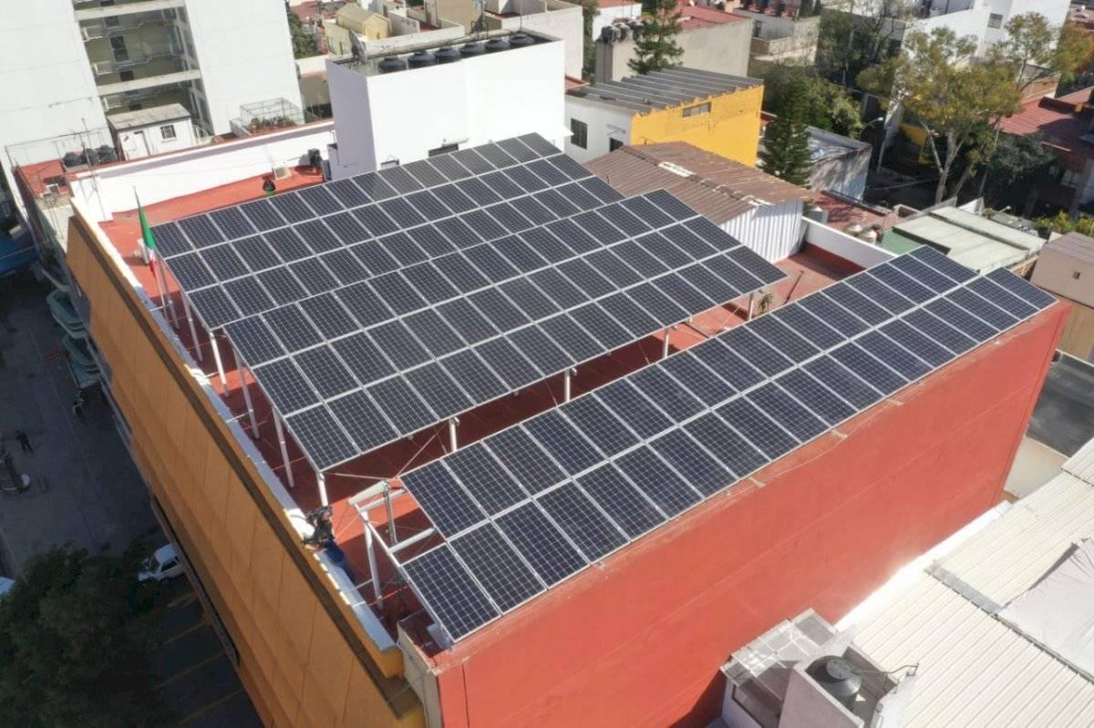 El primero de estos techos se colocó en el edificio de la Sedeco. Cortesía CDMX