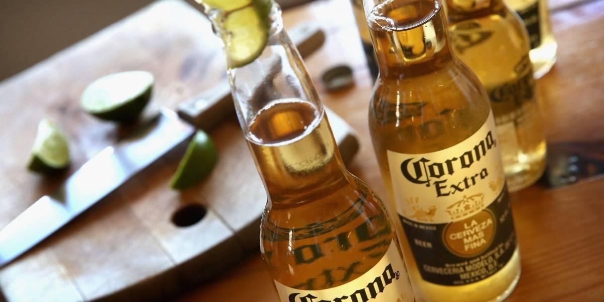 La cerveza Corona es relacionada con el Coronavirus y genera confusión en la gente