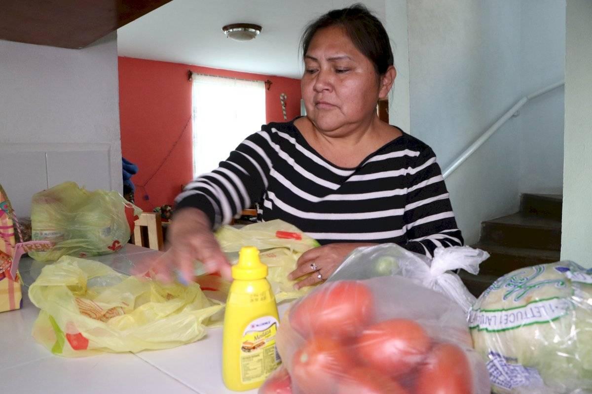 """A ellas se les conoce como Mamás S.O.S o """"Cuidadoras"""", quienes adoptan una familia conformada hasta por 10 infantes. Ángel Cruz"""