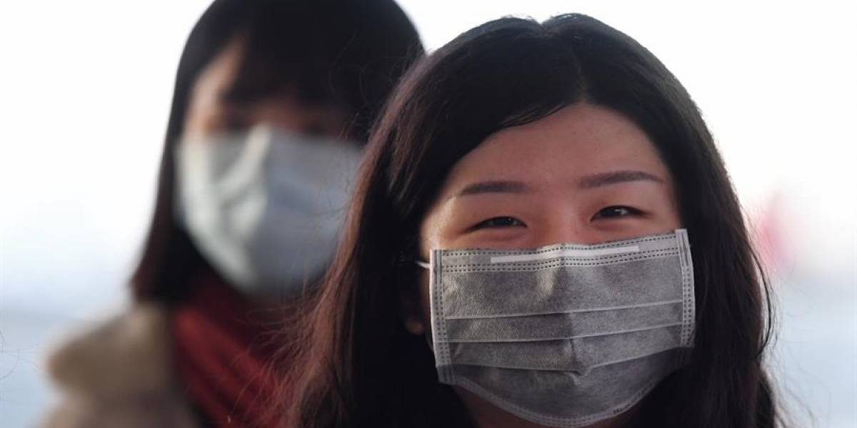 Embajada de China en Ecuador donó 10.000 mascarillas y 340 trajes de protección a la provincia de Pichincha