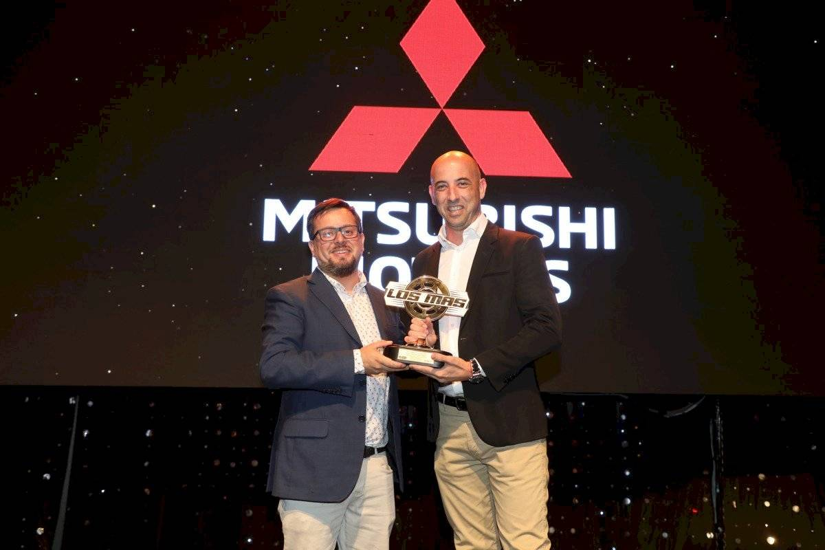 Mitsubishi, Mayor Venta de Camionetas