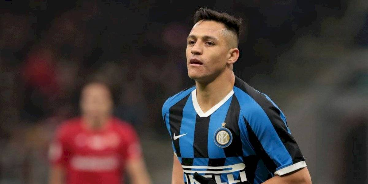 """Prensa italiana criticó el regreso de Alexis a la titularidad: """"Estuvo desconcertado, su reemplazo era inevitable"""""""