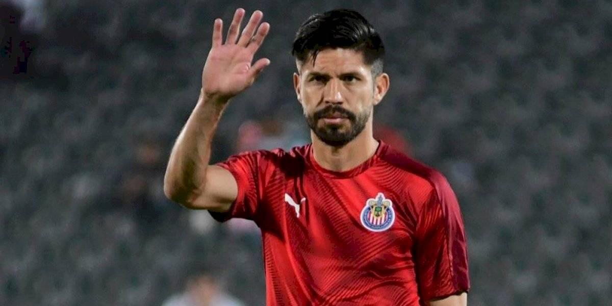Oribe Peralta, molesto por no tener minutos en Chivas