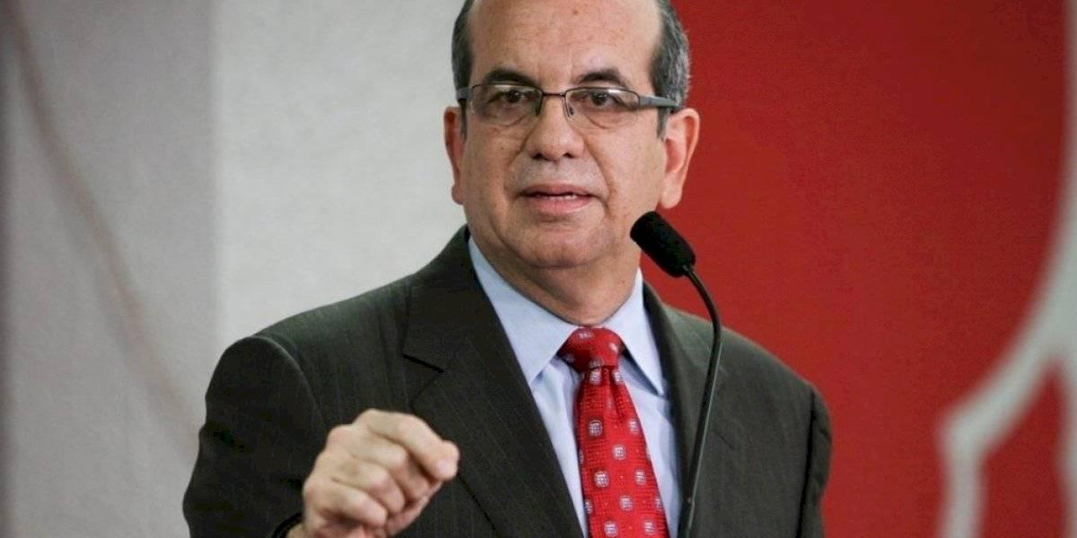 Acevedo Vilá asegura que consulta de estatus será otro fracaso del PNP