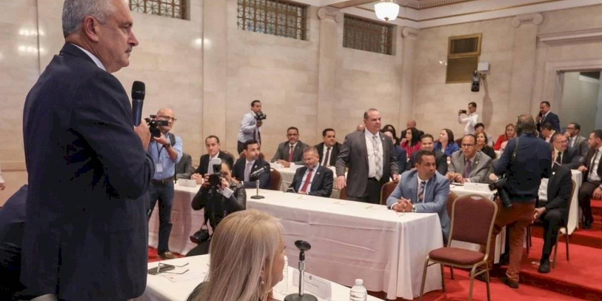 Legisladores del PNP revelan presiones para que aprueben acuerdo AEE