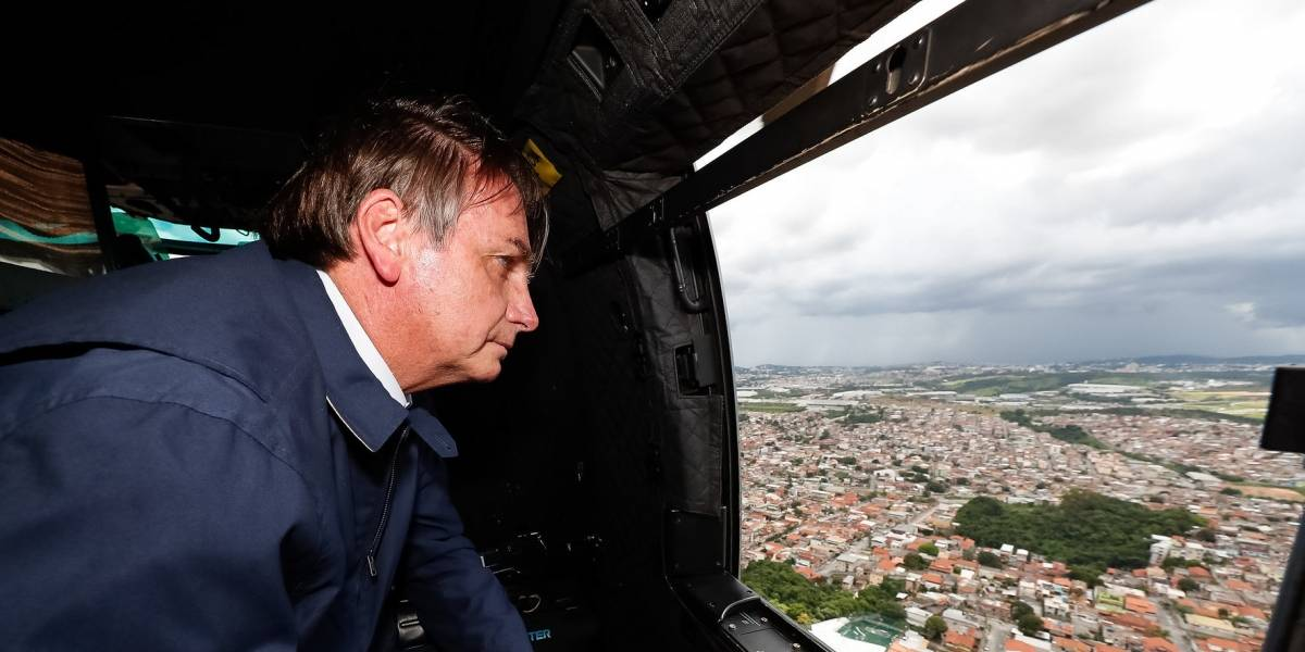 Bolsonaro aumenta gastos com Defesa e diminui com Saúde e Educação