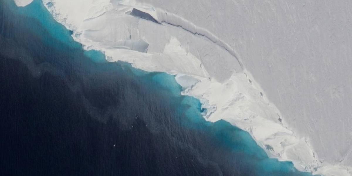 """Científicos detectan agua tibia en el glaciar """"más peligroso del mundo"""""""