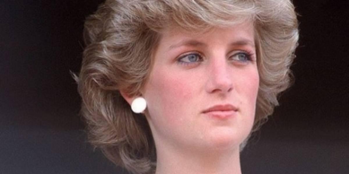 Fotos especiais que revelam detalhes da rotina de Lady Di ao lado dos filhos