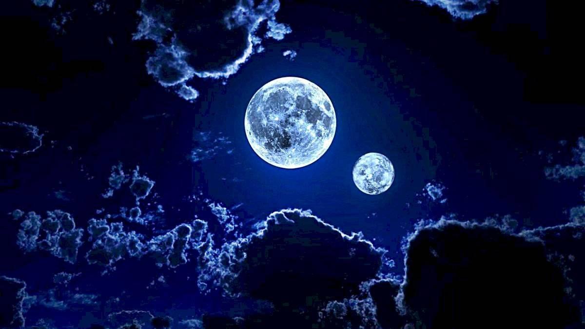 dos lunas en la tierra