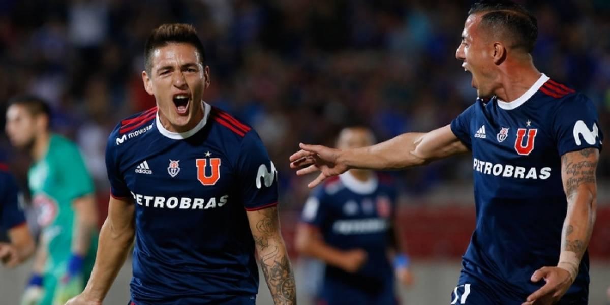"""Incidentes menores: la """"U"""" y Curicó Unido ya juegan en el estadio Nacional"""