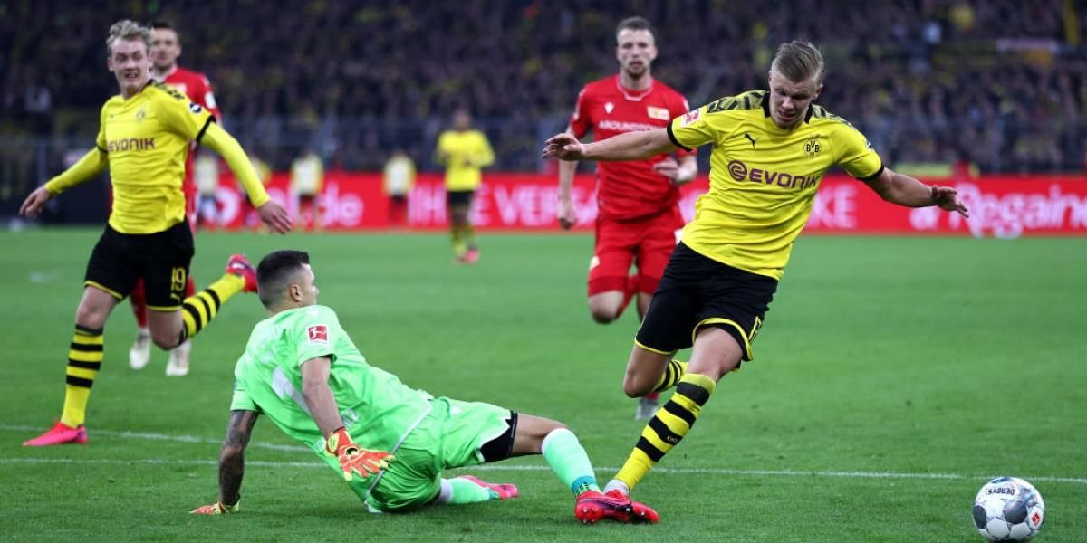 Haaland marca doblete y sigue imparable con el Borussia Dortmund
