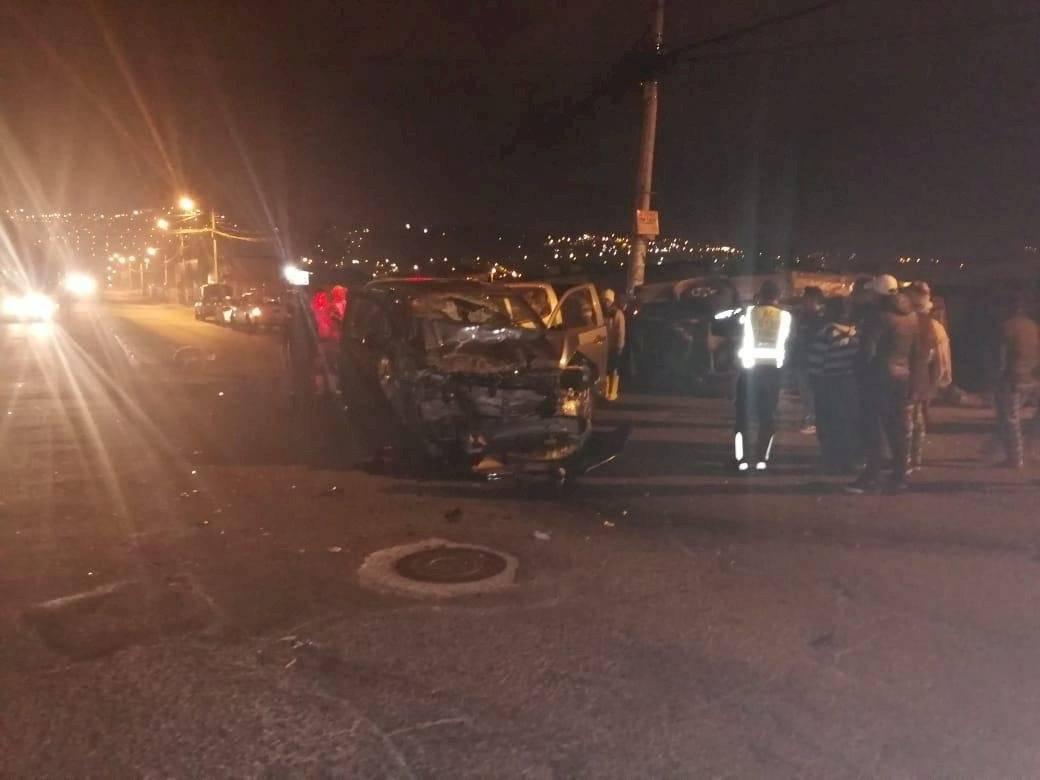 Dos personas fallecidas tras accidente de tránsito en Carapungo