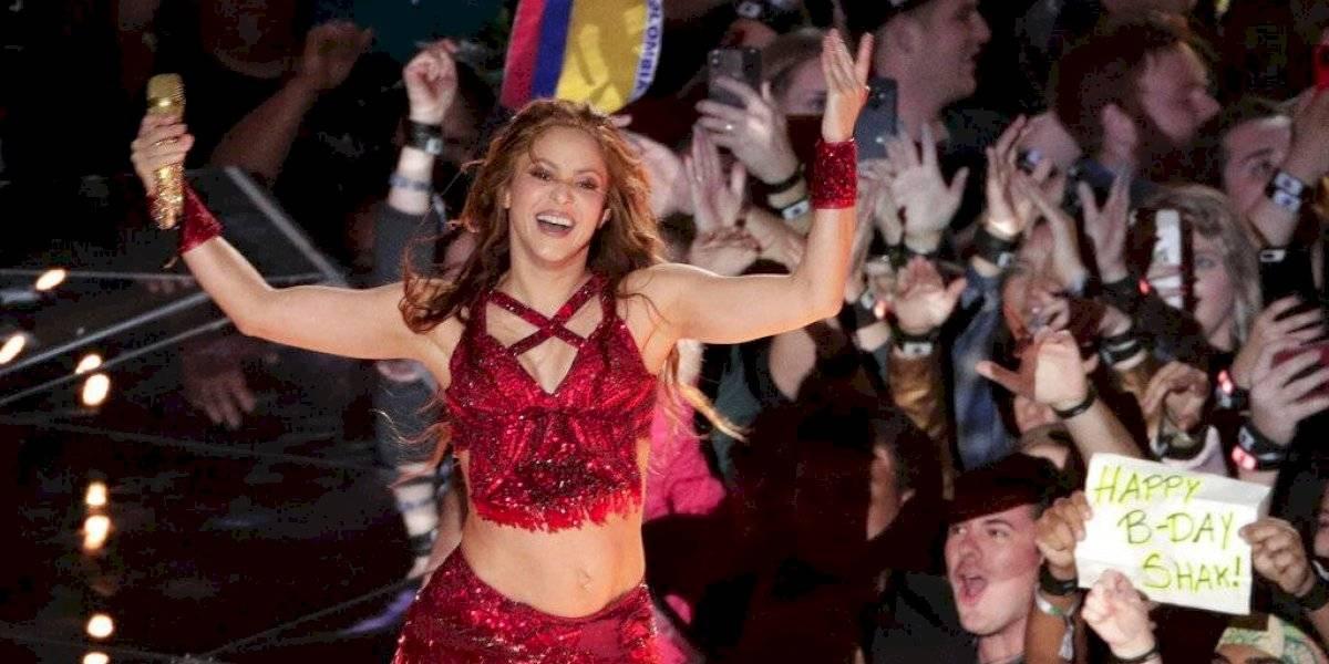 Redes sociales arden por presunto playback de Shakira en el Super Bowl