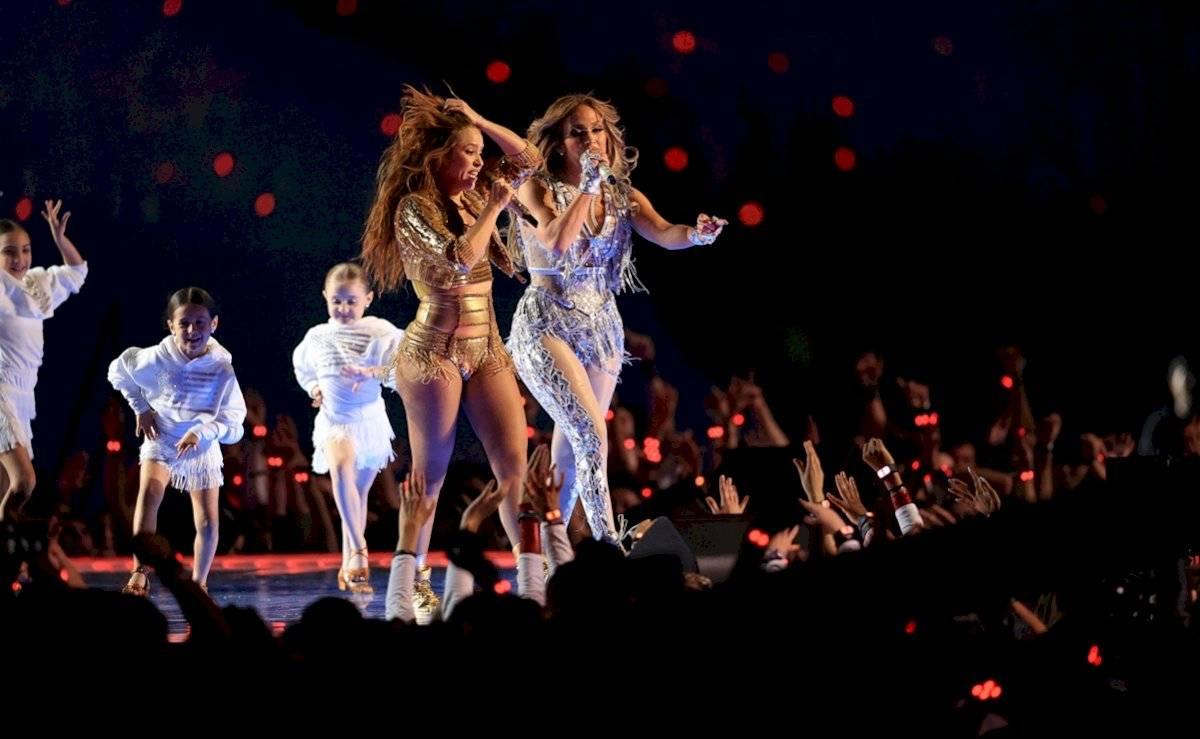 Shakira y JLO en el Super Bowl