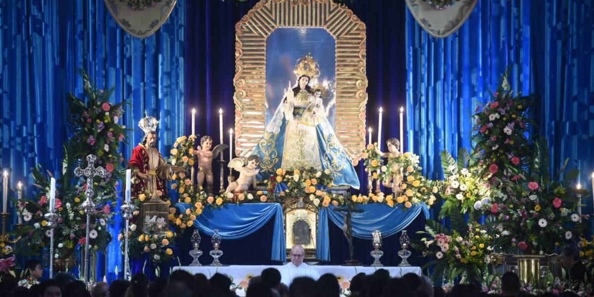 EN IMÁGENES. Católicos celebran las fiestas patronales de Nuestra Señora de Candelaria