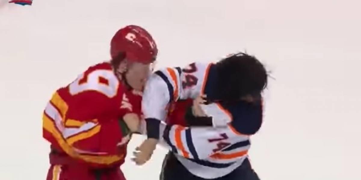 VIDEO: Se desata violenta pelea entre porteros de hockey