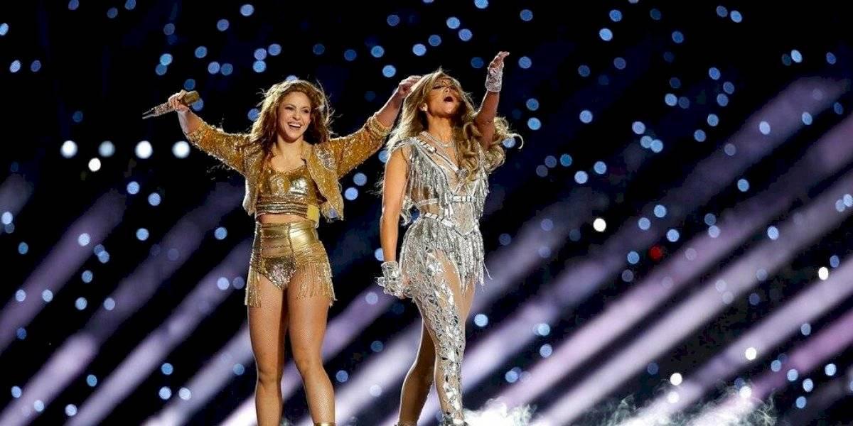 Jennifer Lopez hizo esta mueca al ver show de Shakira en el Super Bowl