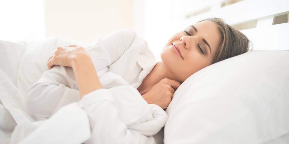 Jantar leve ajuda a dormir melhor e perder peso