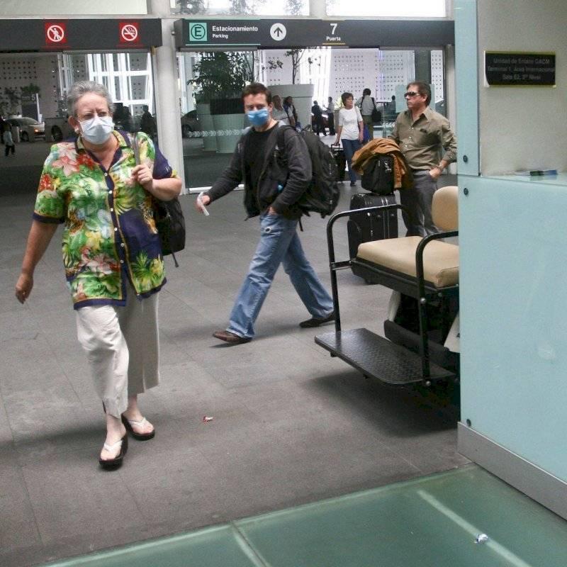 Mujer tose y dice tener coronavirus para evitar violación en China