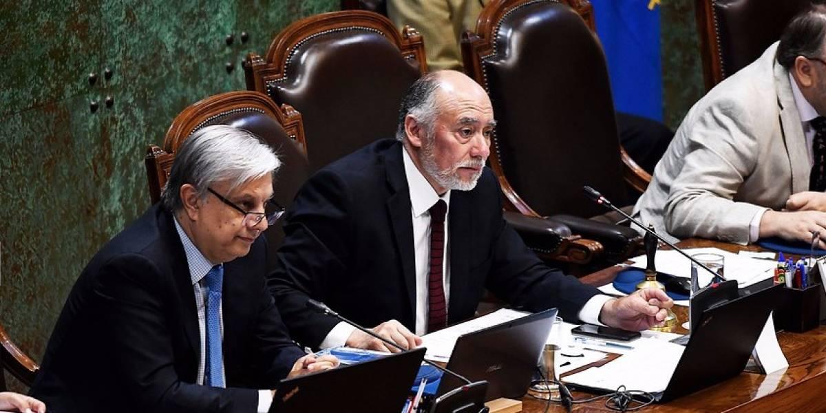 ¿Diputados estresados? Presidente de la Cámara defiende las vacaciones de los parlamentarios