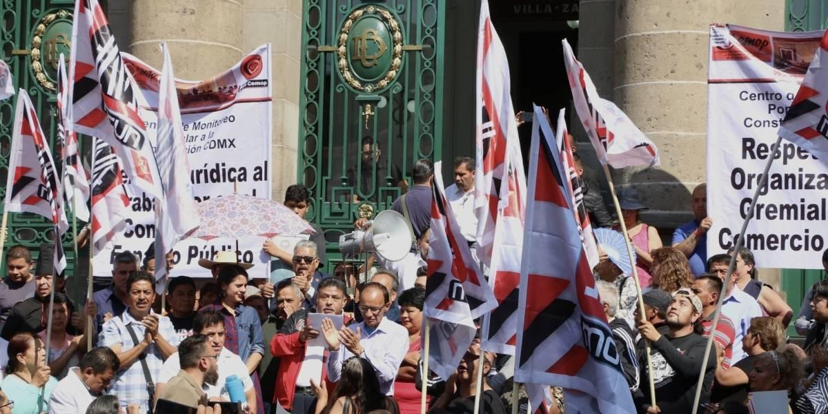 Ambulantes de CDMX marcharán este martes para exigir freno a operativos