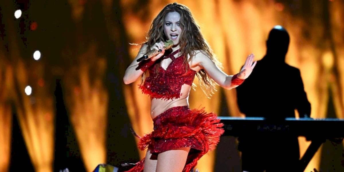 """Destrozan a Shakira en redes por hacer supuesto """"playback"""" en el Super Bowl LIV"""