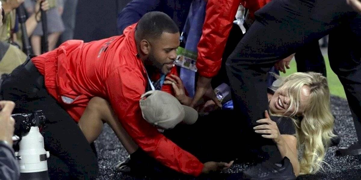 Mujer intentó interrumpir el Super Bowl LIV