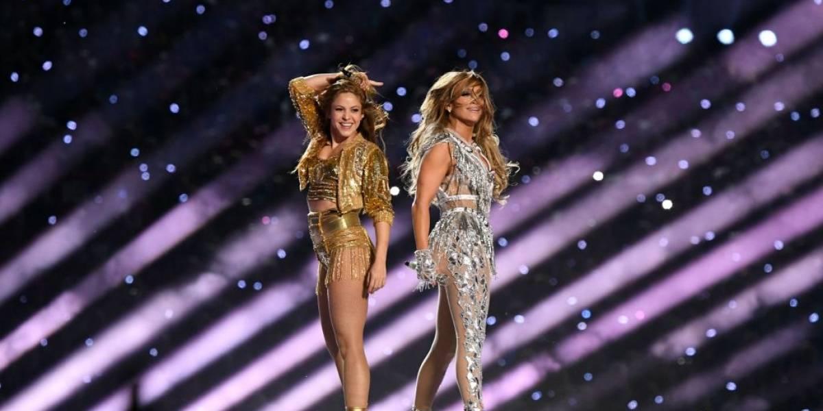 Assista: Shakira e Jennifer Lopez fazem show histórico no intervalo do Super Bowl