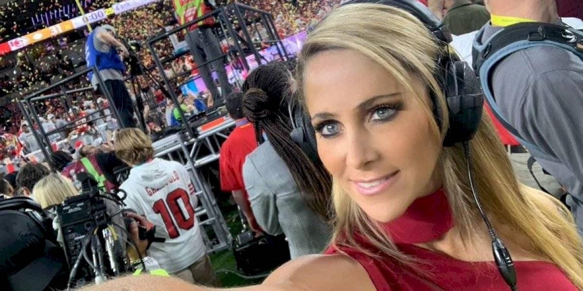 VIDEO: Inés Sainz vuelve a sufrir con las entrevistas en el Super Bowl