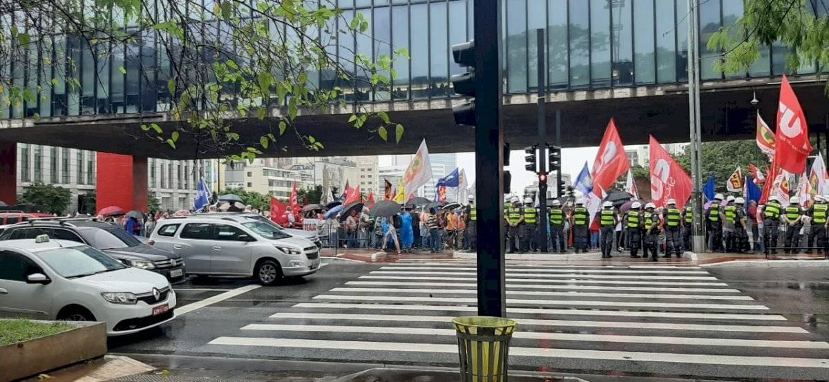 Manifestação contra o Bolsonaro na avenida Paulista