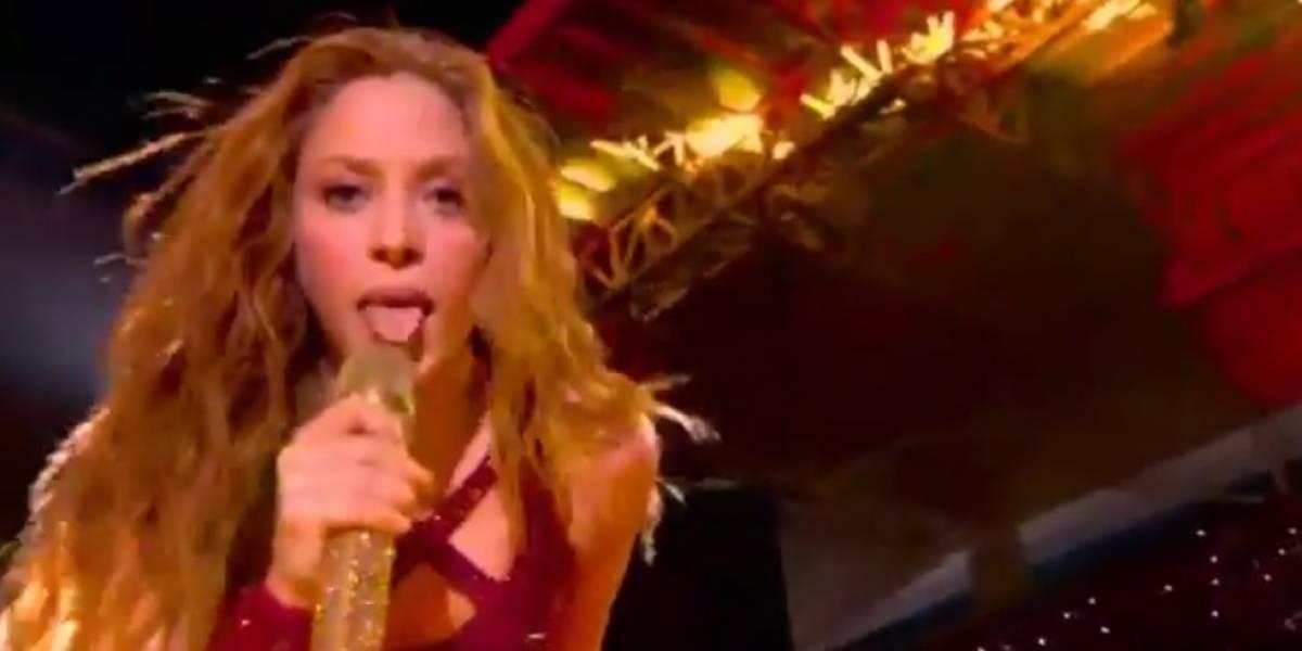 Super Bowl: Shakira sacó la lengua en pleno show como tributo a sus orígenes