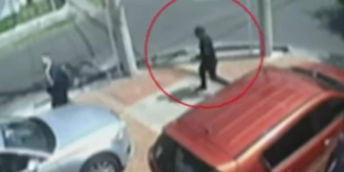 (VIDEO) Nuevo robo en el lugar donde el médico abatió a tres delincuentes